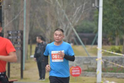 跑过瘾·城市10公里挑战赛(路桥站)